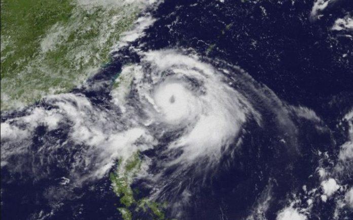 Powerful Typhoon Lingling reached near Korean peninsula