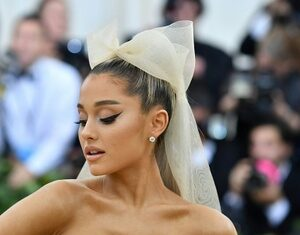 Ariana-Grande-2