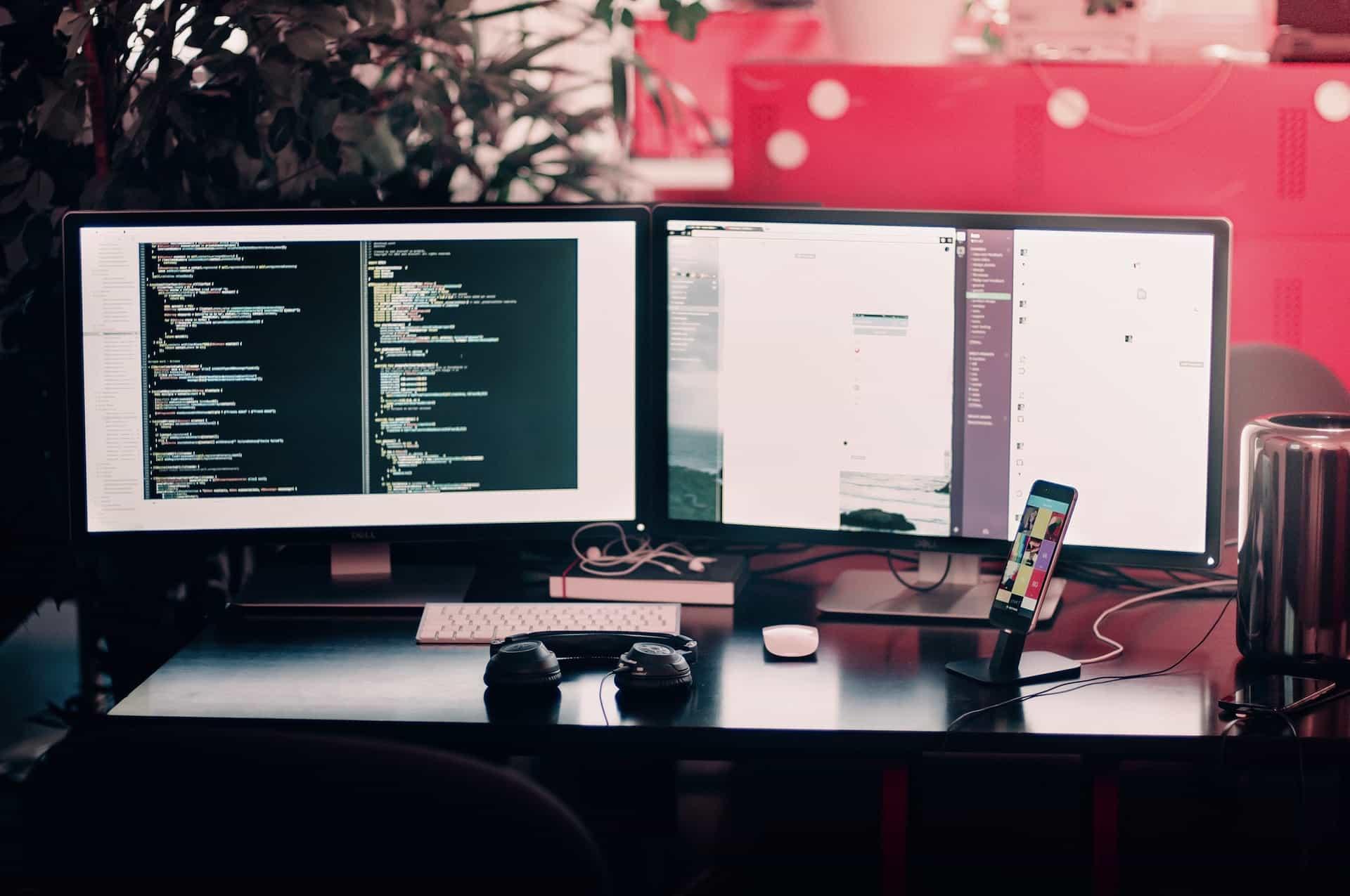 blog website hosting company