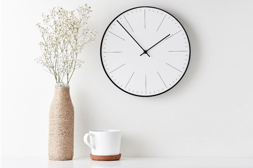 Every home has its unique ambience – the elements like lights, curtains, artifacts, and wall decorations sets every house apart. So, of course, it's essential to pick these elements very thoughtfully as they say a lot about the house members and their sense of style. When you decide to decorate your space with an elegant wall clock, remember that it not only will influence that particular wall but also the entire look and feel of the room. An elegant piece of wall clock can make or break the aesthetics of your space. You can enhance your living space intensively with the right wall clock. To discover some great exquisite designs, you can look for a wall clock online and elevate your room interior. Image Source: Shutterstock Apart from beautifying your living space, a wall clock also enables you to keep track of time. If you don't value your time, neither will others! Putting up a wall clock in your living room or drawing room also conveys a message that the people in this house are punctual. Before you start searching for a wall clock online, it would be great to determine the theme and style of the clock that would go perfectly with your living area. Be it vintage, modish, or minimalistic. You will find a wall clock online according to any theme or mood! To make it easier for you to pick a wall clock online, here are four variants that can be considered to beautify your living space! Let's Go Back In Time Did you also have one of those rectangle alarm clocks with a thick black case and a white dial kept by the side of your bed? That had radium infused hands and dials that would glow at night? If you did, you could instantly connectwith this classic white wall clock from Titan. Inspired by the original legend, this wall clock is the real deal-breaker. You can shop this exclusive wall clock online on Titan Watches add elegance to your living space effortlessly. With its clean and bold design, this contemporary clock lets you achieve the perfect blend of vintage and m