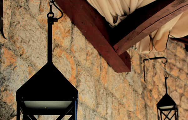Top 5 Benefits of Outdoor led lighting: What Can LED Lighting Do for Your Outdoor Living Space?